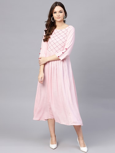 d697608130b Ethnic Wear Online - Buy Ethnic Wear for Women Online in India