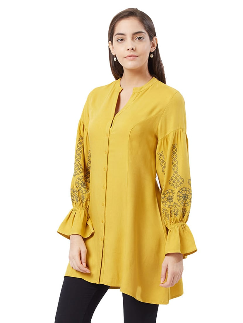 afcbe2c1994 Buy Mustard Straight Kurta for Women from Fusion Beats for ₹1262 at 37% off