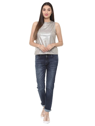 zipper closure sleeveless top - 15728397 - Standard Image - 4