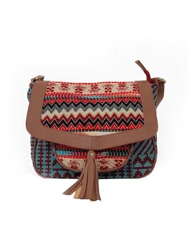 5b2afbc10e5 Sling Bags