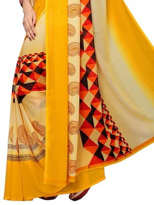 geometrical printed saree with blouse - 15729578 - Standard Image - 4