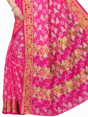 floral woven saree with blouse - 15729629 - Standard Image - 4