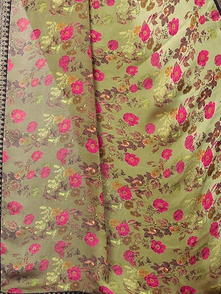floral printed saree with blouse - 15734774 - Standard Image - 4