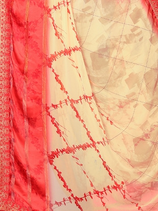 checkered printed saree with blouse - 15734776 - Standard Image - 4