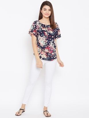 gathered floral short sleeved top - 15735875 - Standard Image - 4
