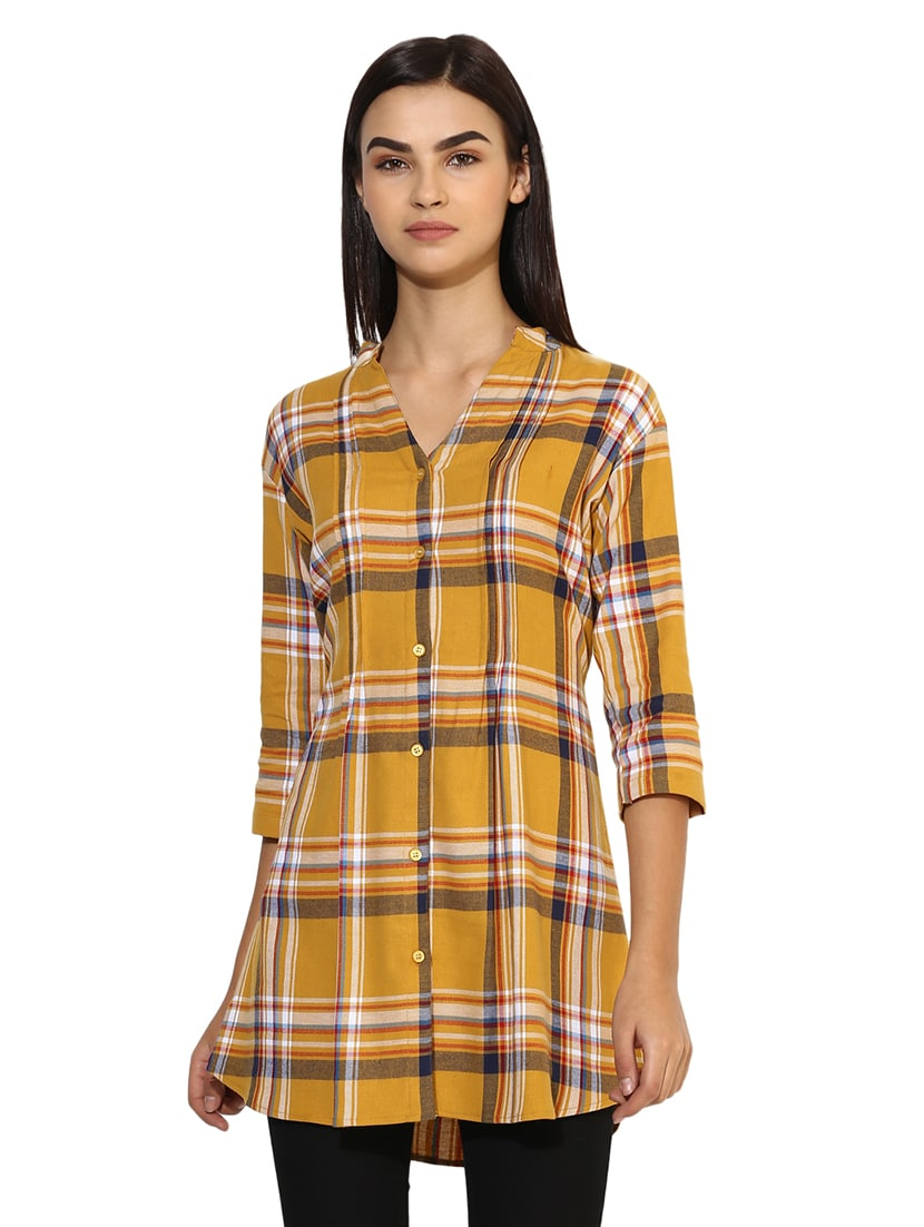 59a2d84364d Buy Button-up Checkered Belted Tunic for Women from One Femme for ₹699 at  59% off