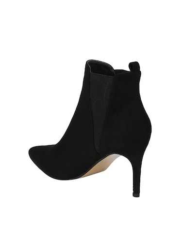 a4ca3f2712b4 Boots for Women - Upto 65% Off