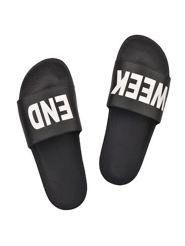 b3ad9af38dfb Womens Flip Flops - Upto 60% Off