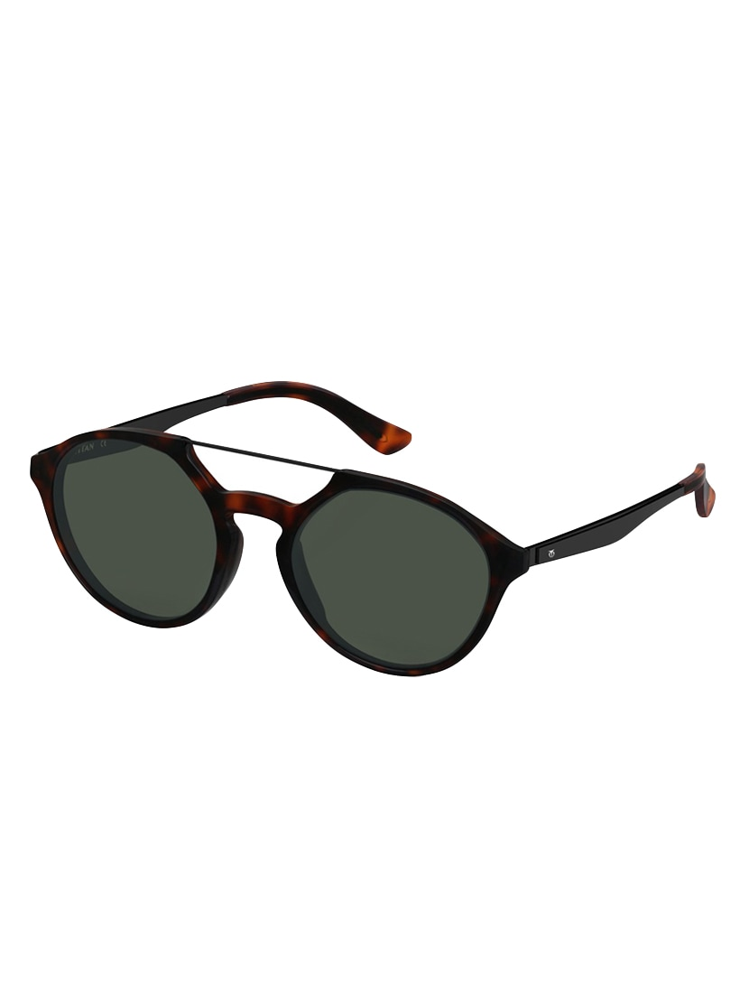 bff9457da8 Buy Uv Protected Oval Sunglasses- Gc299bk1p for Men from Titan for ₹3080 at  21% off