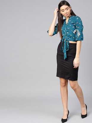 tie knot hem button up top - 15857204 - Standard Image - 4