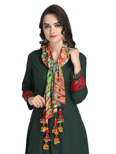 292158a07 Scarves