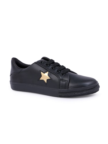 325520e2e1fc Sneakers Shoes - Buy Sneakers for Women Online in India