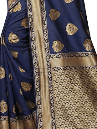floral zari motifs navy woven saree with blouse - 15939957 - Standard Image - 4