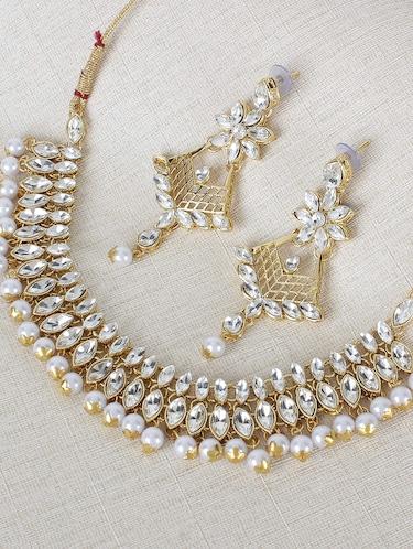 32093c71c Necklaces