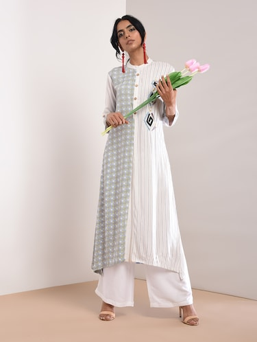 660f8ec3901 Stripes Kurtas- Buy Designer Kurta for Ladies