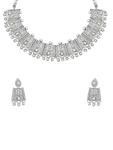 c0df1632f66e Necklaces - Upto 70% Off