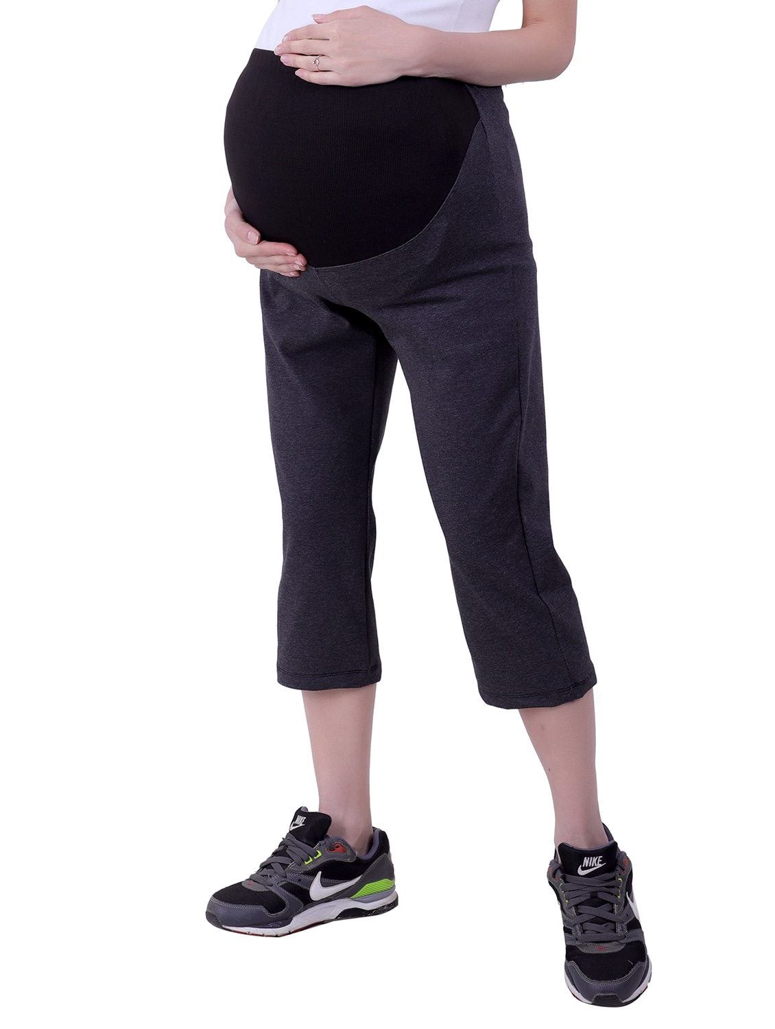 99b2395b61212 Buy Color Block Maternity Wear Capri for Women from Finesse for ₹1099 at  26% off | 2019 Limeroad.com