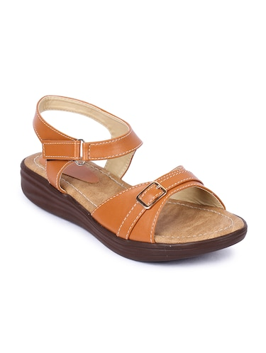 b7bc9e69813 Footwear for Women - Upto 70% Off