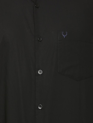 black solid casual shirt - 16107322 - Standard Image - 4