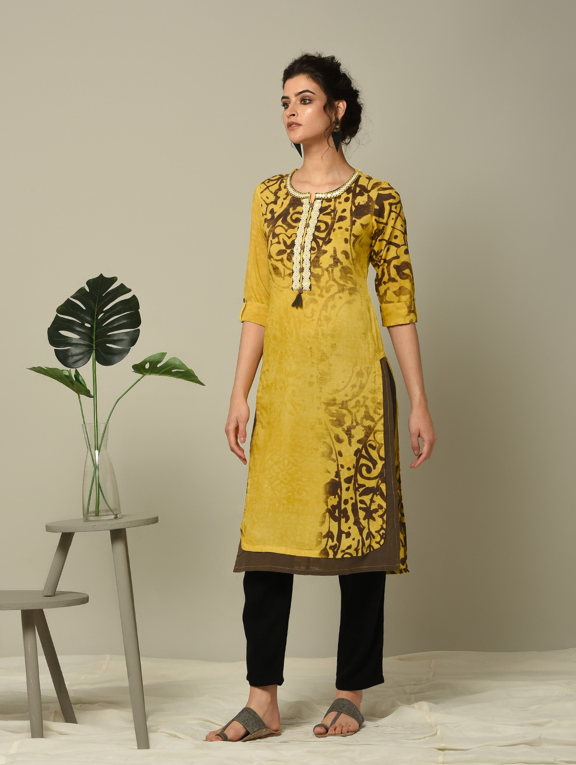 f3d29d0d780 Buy Mustard Abstract Printed Straight Kurta for Women from Ibadat for ₹1190  at 0% off