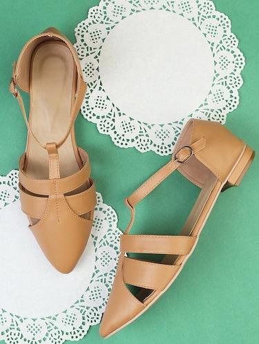 39318f4af3b Flat Sandals For Women - Upto 70% Off