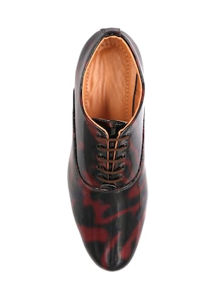red patent leather lace-up oxfords - 16257469 - Standard Image - 4