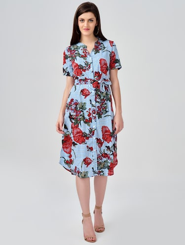 91a934f37 Dresses for Ladies - Upto 70% Off   Buy Gown, Long, Maxi & Formal Dresses  at Limeroad