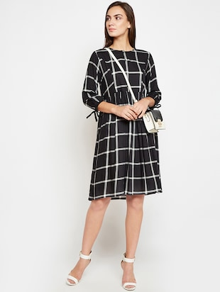 Sleeve detail checkered pocket dress - 16269719 - Standard Image - 4
