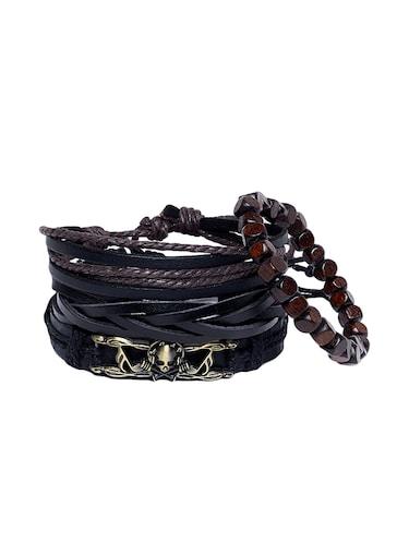 454045230b379 Bracelets for Men - Upto 70% Off | Buy Gold & Silver Coloured ...