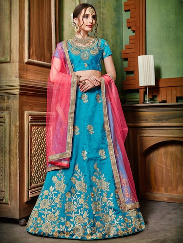 floral embroidered flared lehenga - 16287430 - Standard Image - 1