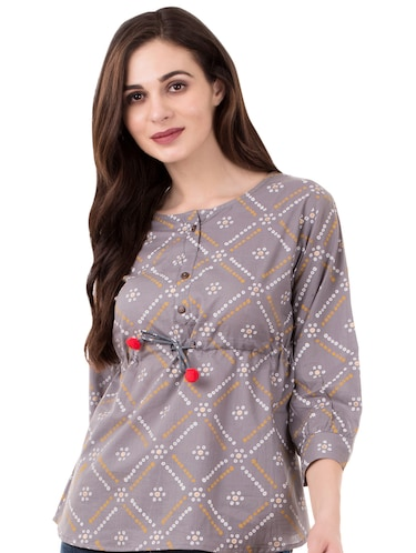 0865a5cb176 Ladies Tops – Upto 70% Off | Buy Off Shoulder, Long, Tube & Tunic Tops at  Limeroad