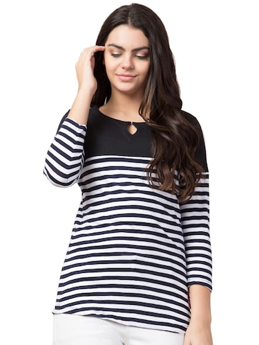 8132ea843d T Shirts for Women - Upto 70% Off | Buy Womens Designer Printed T ...
