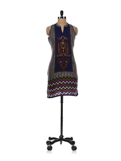 Sleeveless Tribal Fantasy Print Kurta - Global Desi