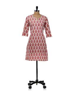 White Kurti With Paisley Drop Design-pink - WILD WOMAN