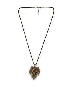 Maple Leaf Necklace - THE PARI