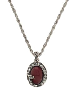 Red Oval Pendant Necklace - THE PARI