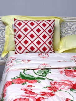 Rose Print Double Comforter - HOUSE THIS
