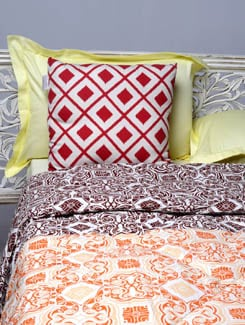 Traditional Printed Double Comforter - HOUSE THIS