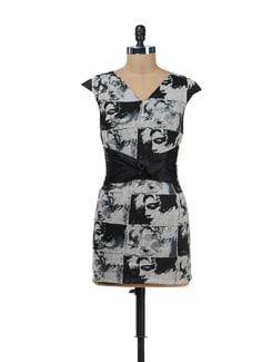 Marilyn Monroe Print Dress - SPECIES