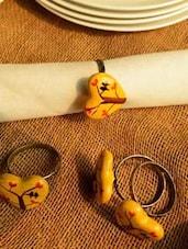 Heart- Shaped Sunbirds Napkin Ring (Set Of 4) - Color Palette
