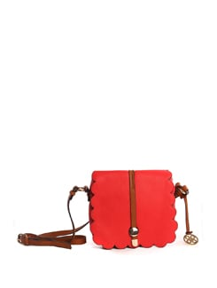 Bright Red Handbag With Scallops Cutout - Addons