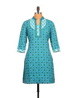 Cerulean Blue And Dark Green Paisley Print Cotton Kurti - Tamirha