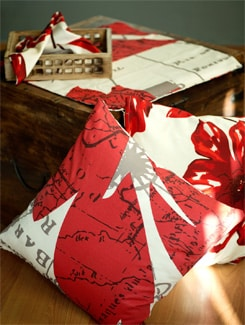 Red And White Cushion Gift Set - HOUSE THIS