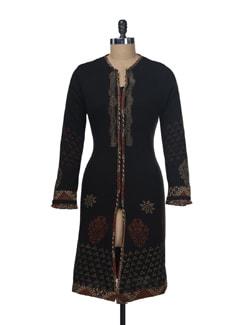 Black Woollen Kurta With Delicate Work - Paislei