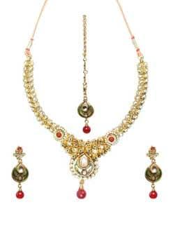 Elegant Golden Jewellery Set - Sparkling Deals