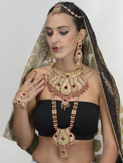 Dazzling Gold And Pink Bridal Set - THE PARI