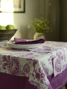 Set Of 8 Seater Table Cover, Napkins And Runner- Set Of 10 - HOUSE THIS