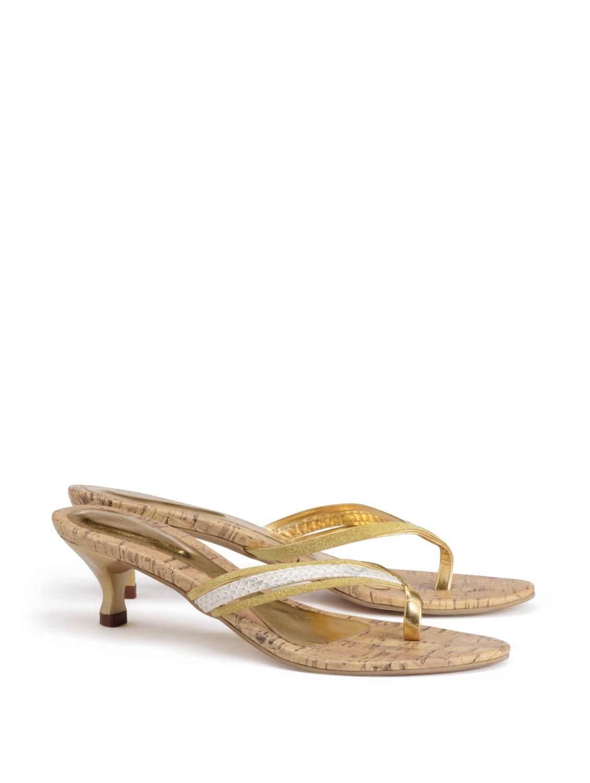 58fd564ef7d Buy Glitter Gold Kitten Heels for Women from Catwalk for ₹598 at 60% off