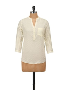 Chic Off-White Top With Gold Buttons - Harpa