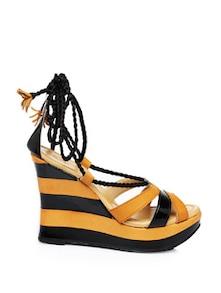 Tie-Up Black Sandals - K.A.N.